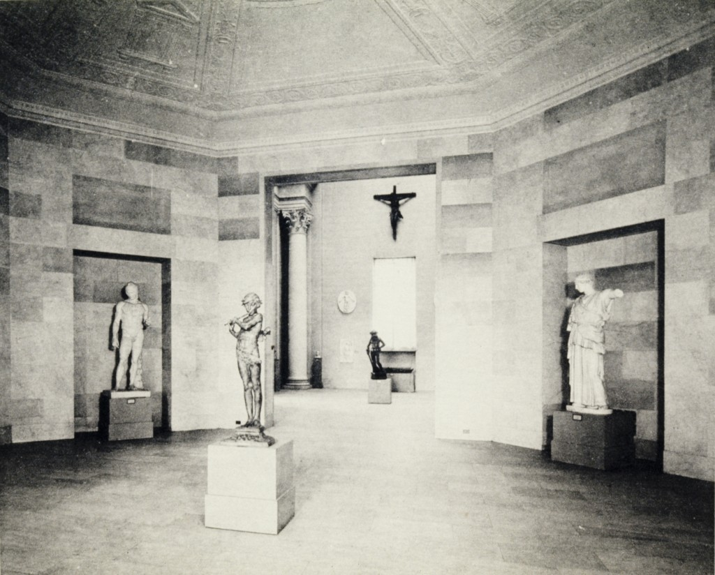 Plaster casts in Mia's rotunda, then known as the Octagonal Room, around 1925.